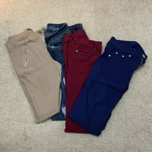 Size 1 jean/pant skinny bundle. (Junior size)